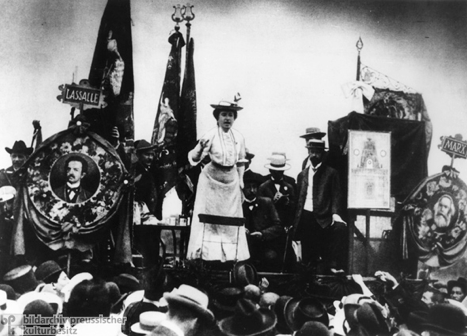 "On ""The Marxism of Rosa Luxemburg"""